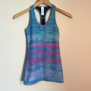 IVIVVA GIRLS ACTIVE WEAR TOP SIZE 12